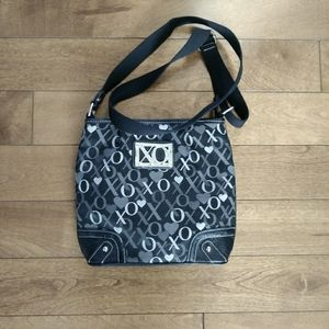 🌸3/$30🌸 Xoxo purse crossbody black and white
